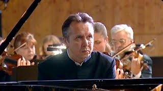 Mikhail Pletnev plays Beethoven - Piano Concerto No. 5 (Moscow, 2006)