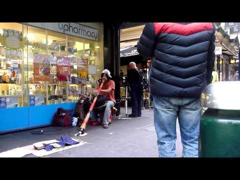 Japanese street artist playing in Melbourne, Australia