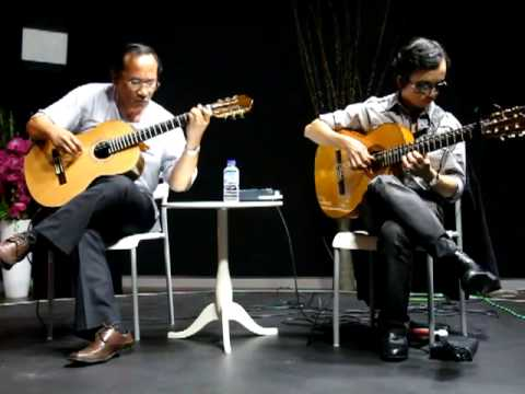 AUTUMN LEAVES - Hoàng Ngọc-Tuấn & Nguyễn Đức Đạt song tấu ngẫu hứng