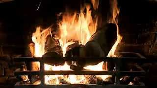 Classic Fireplace Video With Crackling Fire Sounds (full Hd)