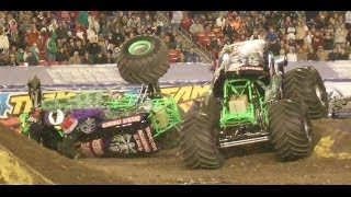 2 GRAVE DIGGER'S WHAT???? FLIP and CRASH   Tampa FL 2014 FREESTYLE CRAZY AWSOME !!!