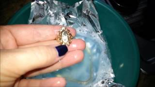 DIY JEWELRY CLEANER!  Look how shiny my jewelry came out!