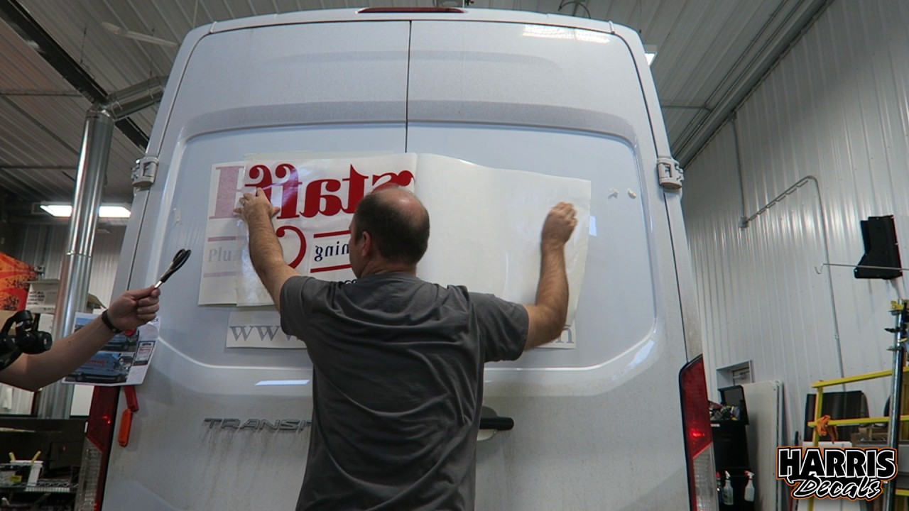 How To Apply Large Vinyl Graphics Youtube