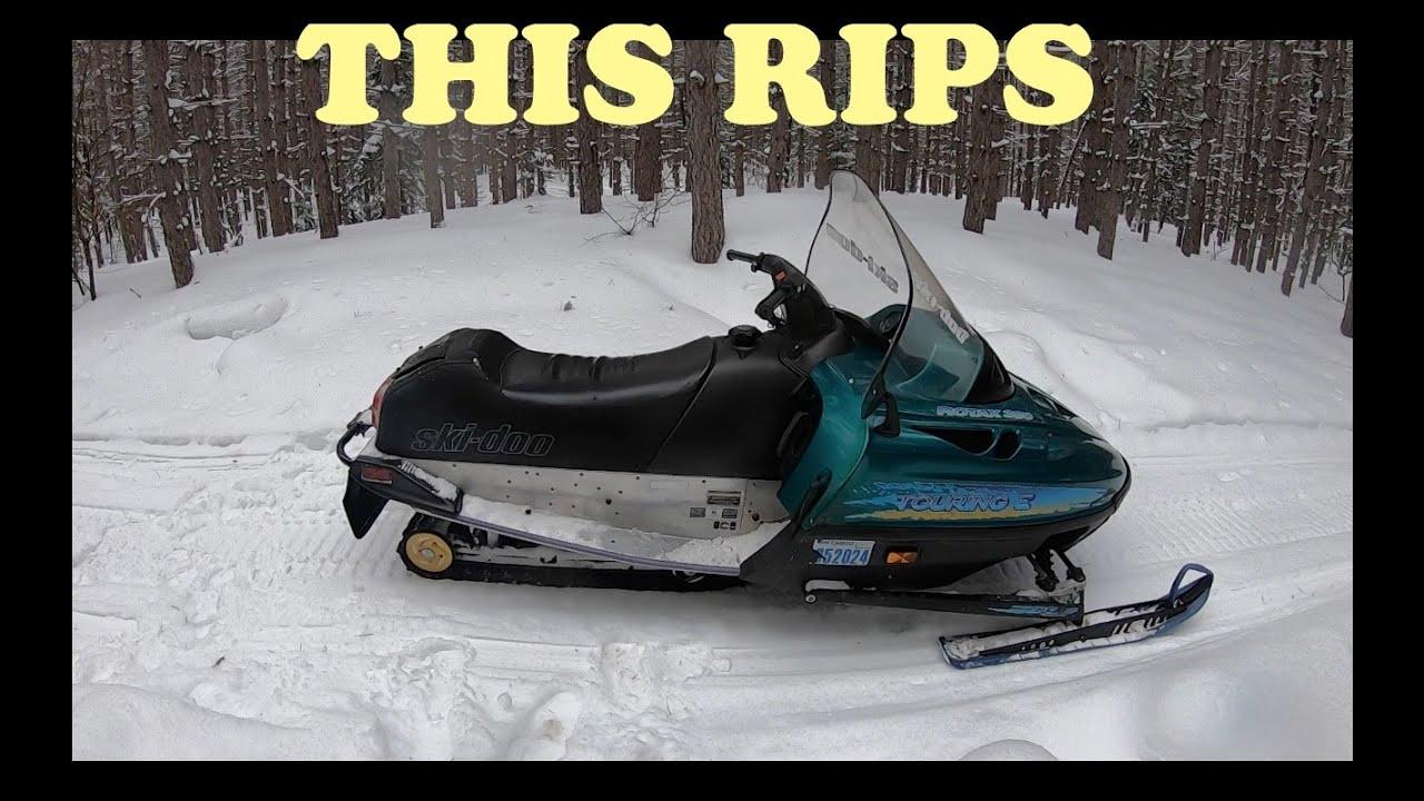First Impression Skidoo Touring 380 Fan Canadian Winter Fun Youtube