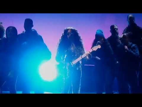 download H E R Made a Incredible performance to