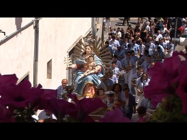 Gambatesa: PROCESSIONE MADONNA DELLA VITTORIA 15 AGOSTO 2011