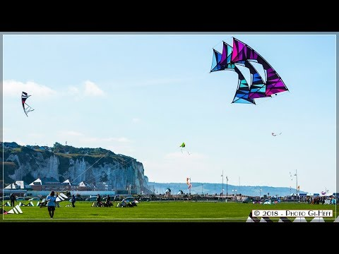 Acrobaties de cerfs-volants, Dieppe 2018 festival du Cerf Volant. 2.