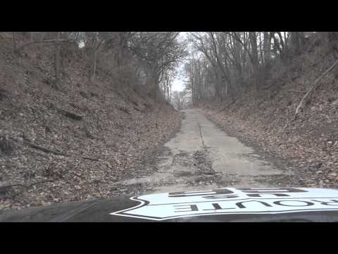 Roamin' Rich explores old alignment of Route 66 west of Lincoln Illinois and the Old Mill