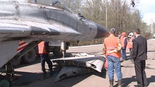 видео Десятый экспонат – истребитель МиГ-29 – появился в музее военной техники в парке Победы