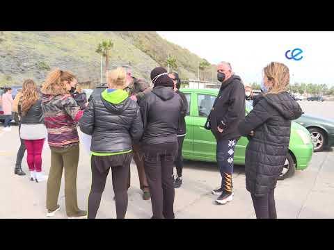 Una caravana de vehículos para protestar por la Bolsa de Empleo del Ingesa