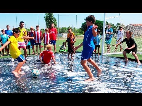 PARTIDO RESBALADIZO DE FUTBOL (Europa VS LatinoAmerica)