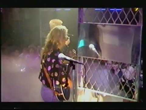 Annie Lennox - 2003 Top Of The Pops Special