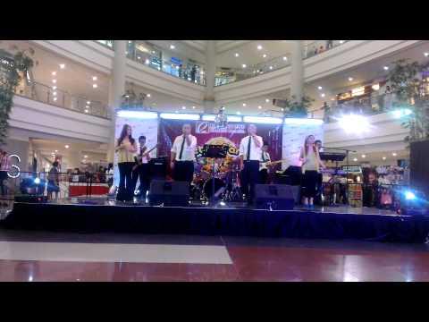 Music Network@Robinsons Manila