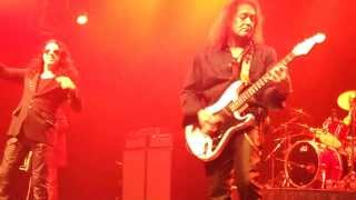 "2014 NAMM: Red Dragon Cartel - ""Bark At The Moon"""