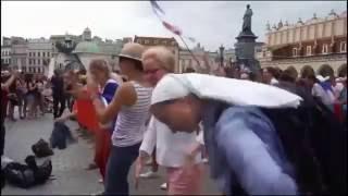 """Zakonnica z ŚDM tańczy w rytm Norberta""""disa"""" Gierczaka"""