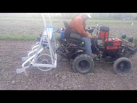 видео: СамоДельная сеялка. СамоДельный минитрактор
