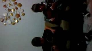 Gah e Buti tocando Insubstituivel (banda Porus)