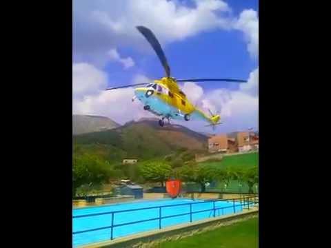 Helicopteros cogiendo agua en la piscina de san esteban del valle  YouTube