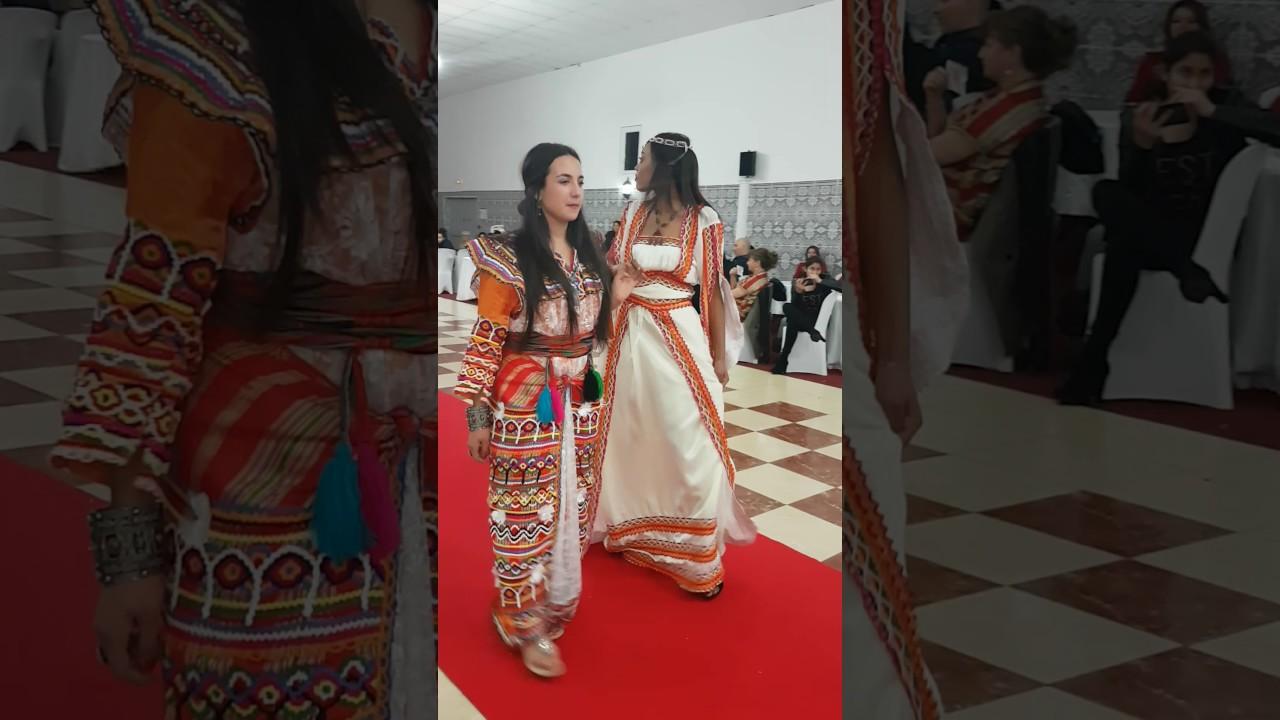 Mariage traditionnelle pr sent part le royaume de la robe for Boutiques de robe de mariage charleston