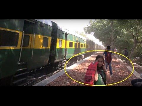 Superfast Garib Rath Express In Super Furious Mood - Gives Dust Bath to One & All Near Delhi, India