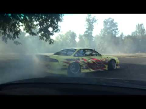 DRIFTING WITH FRIENDS AT PARC FEST (Music Xavier Wulf)
