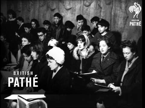 Art Classes In Modern Art Gallery In Dublin  (1963)