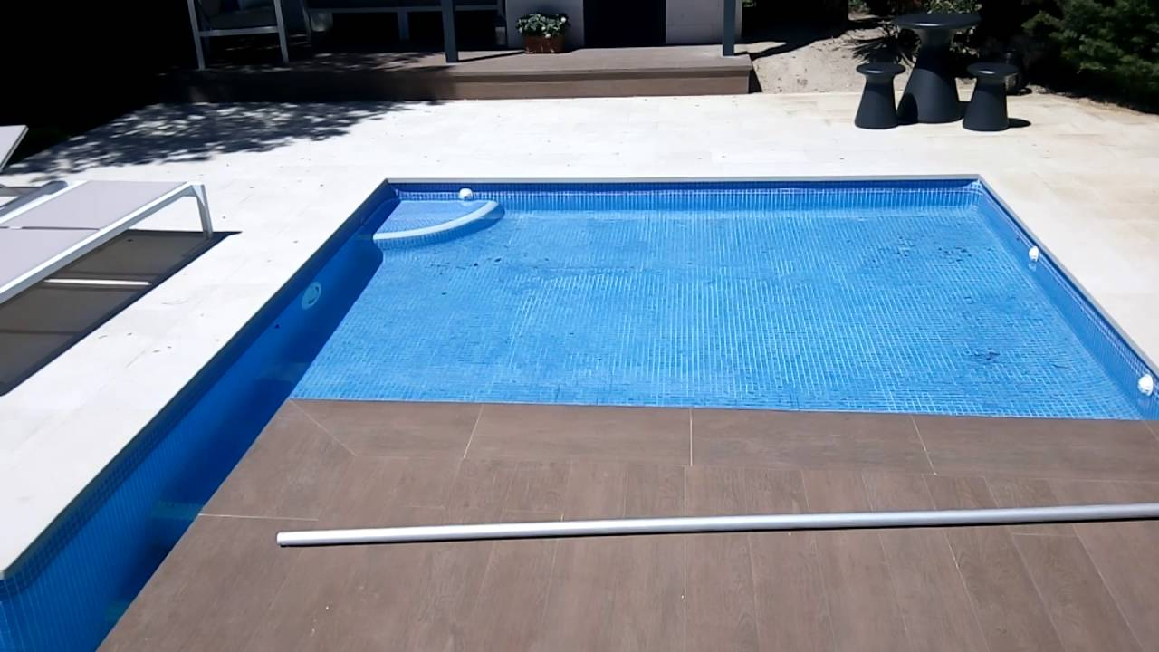 Piscinas aquadelta sl piscina con borde porcelanico y for Piscina de parla
