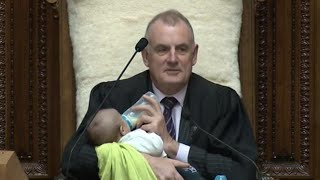 Lawmaker feeds baby in Parliament| CCTV English