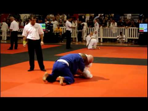 American Cup BJJ  Michael Higgs Fight 1