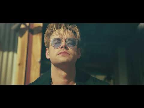 Смотреть клип Chord Overstreet - Sunkissed