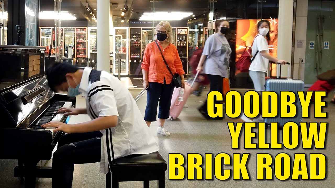 Turning Heads with Elton John Goodbye Yellow Brick Road in Public | Cole Lam 14 Years Old