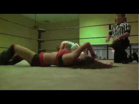 Pro Wrestling Extra 16: GLD 2.0 v. Armani & Vice - Santana Garrett v. Leva Bates (SCW)