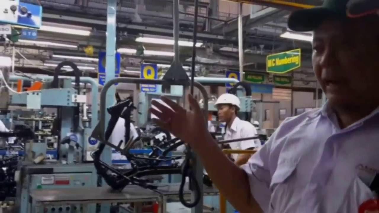 Pabrik Sepeda Motor Honda di Plant Cikarang - YouTube