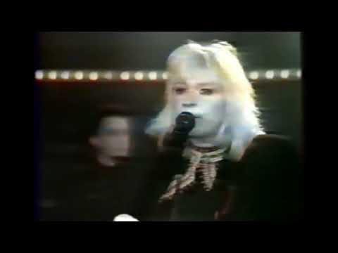 MELANIE SAFKA  Lay Down '87