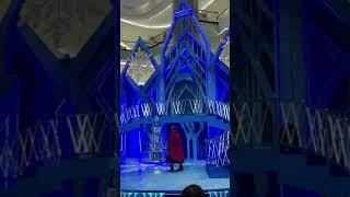 Frozen Princess Elsa & Anna in Indonesia