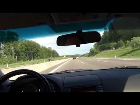 BMW 3 vs MAZDA 6 Autobahn RACE 245 km/h