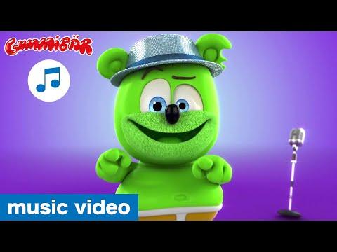 "Gummibär - ""I'm A Scatman"" Music Video - The Gummy Bear Cover Song"