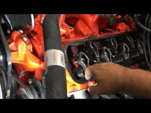 how to install a GM distributor and finding top dead center TDC on compression how to DIY