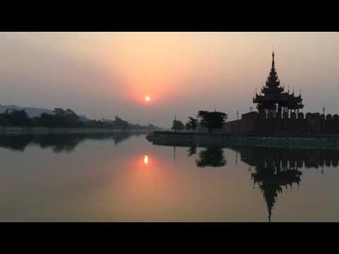만달레이 황금궁전의 아침 Sunrise of Golden Palace, Mandalay, Myanmar