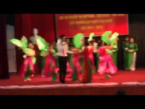 Màn chào hỏi của Đại Học Vinh cuộc thì NVSP tại Hà Nội 22.10.13