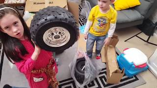 Biggest Kawasaki Quad Bike Kids Ride On SURPRISE UNBOXING & Assembly Playtime ATV