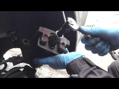 """Opel and Vauxhall Vectra """"C"""" (2002-2008) Rear Brake Pads Replacement."""