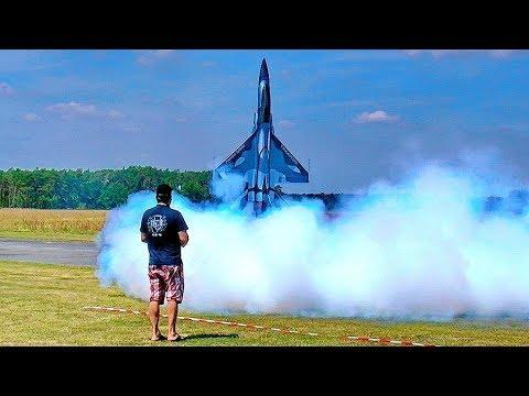 EXTREME STUNNING !!! CHENGDU FC-1 RC TURBINE MODEL JET FLIGHT SHOW !!! WOW !!!