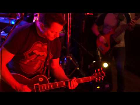 Three Wise Monkeys - {Live At The Rose and Crown}