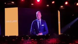 Смотреть видео Магнус Брэннстром, Генеральный Президент Орифлэйм, Санкт- Петербург, 05 10 2019 онлайн