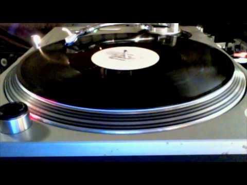 Delta Heavy - Hold Me (Full Track HD 720P)