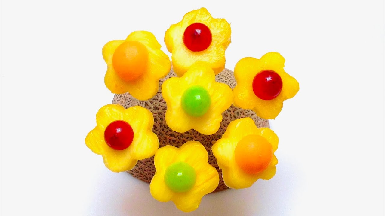 how to make edible pineapple flowers tips tricks party ideas food art youtube. Black Bedroom Furniture Sets. Home Design Ideas