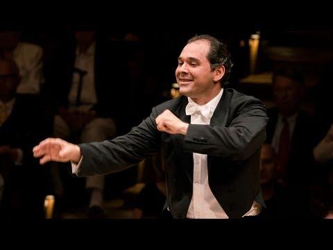 Prokofiev: Symphonie classique / Sokhiev · Berliner Philharmoniker