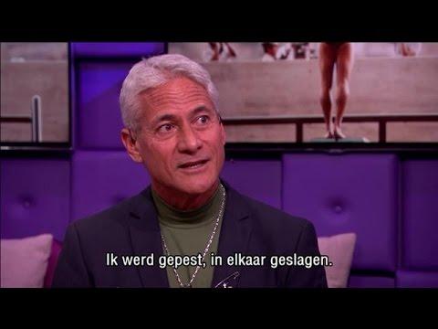 """Greg Louganis: Van """"achterlijke domkop"""" tot Olymmpisch kampioen - RTL LATE NIGHT"""