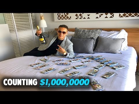 I Count $1 Million Dollars In 5* LUXURY Hotel! - Rich Forex Day Trader